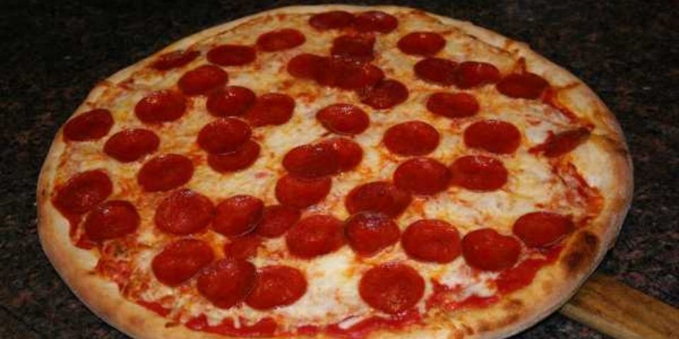 Pizza from Tony's New York Pizza