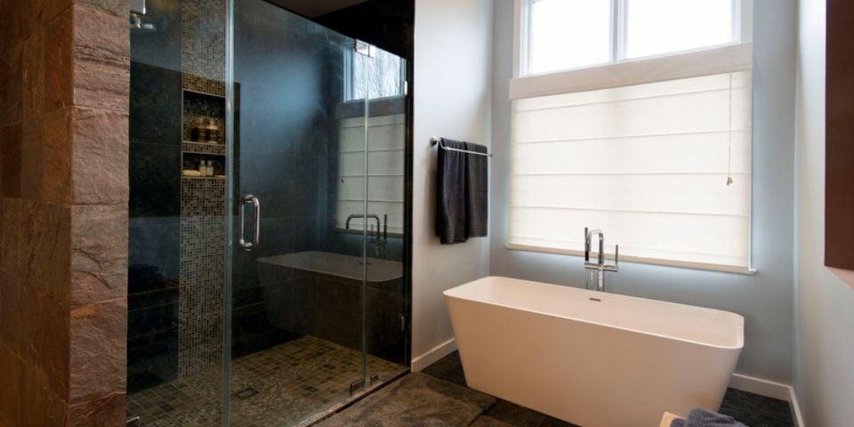 Tuten bath shower and tub
