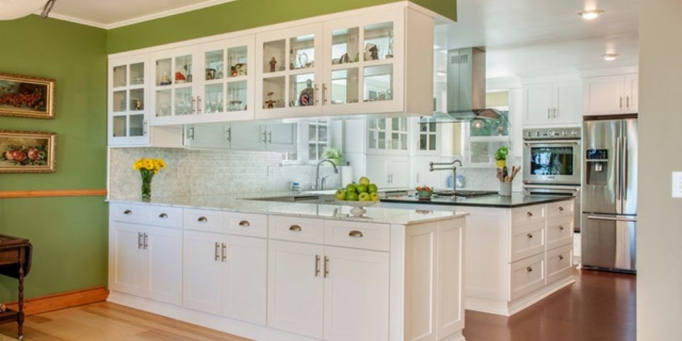 doubled sided cabinetry in traditional style kitchen design