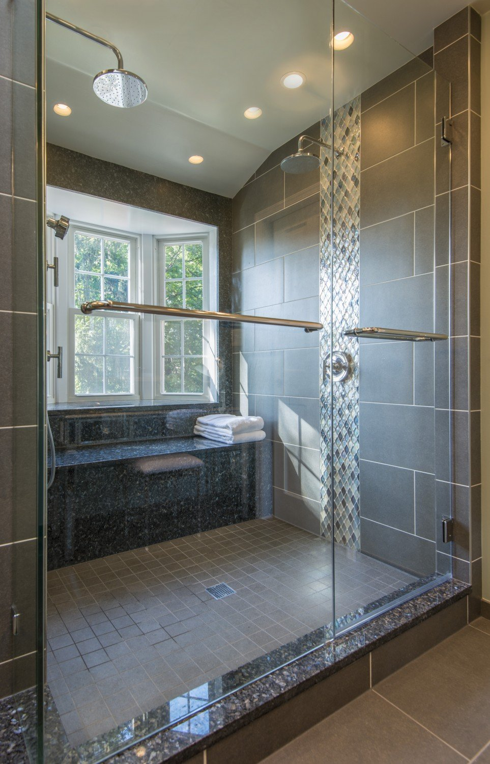 Shower-with-natural-light