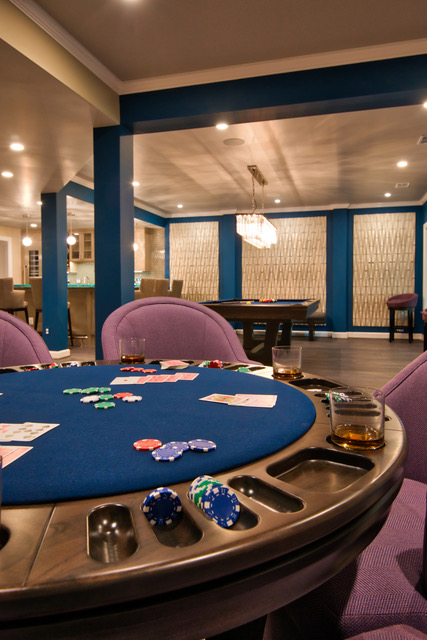 Vegas-style-game-room