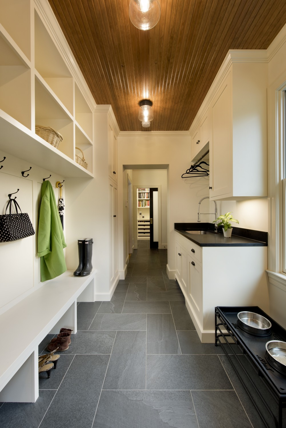 slate-tile-floor-mudroom