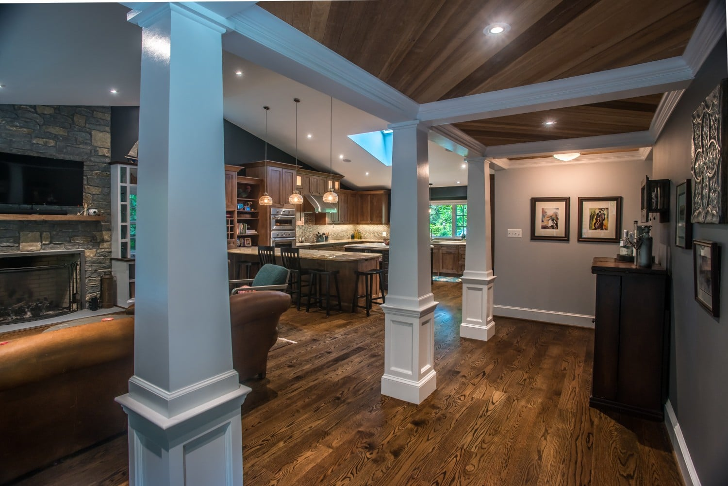 wood-floors-and-ceiling